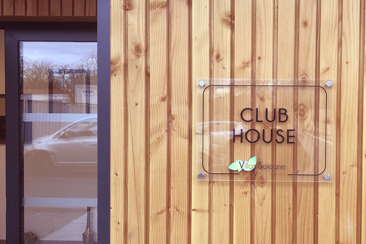 11_Club House affiche